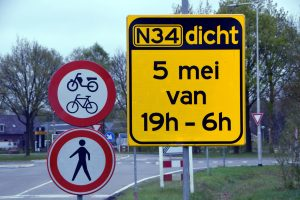 N34 tussen witte paal (N36) en Coevorden 's avonds en 's nachts gefaseerd afgesloten op 3,4 en 5 mei