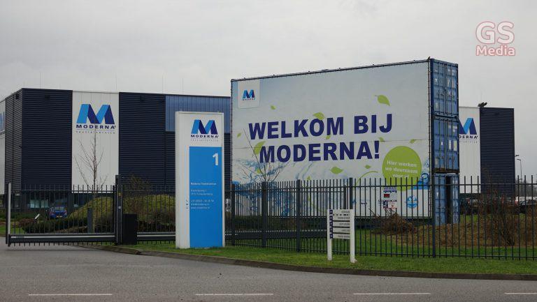 Wasserij Moderna overladen met vragen over vaccin.